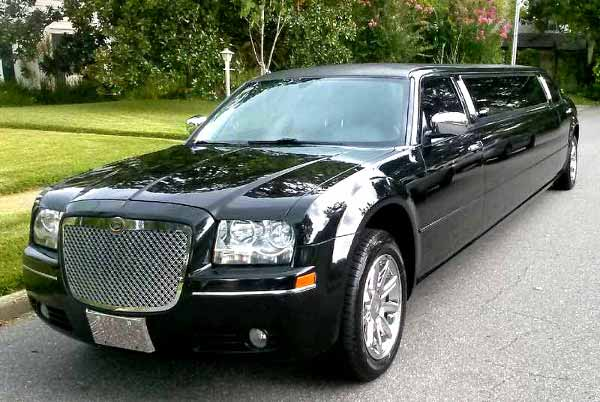 Chrysler 300 limo service Palm Harbor