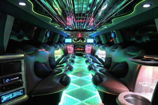 Hummer limo Palmetto interior