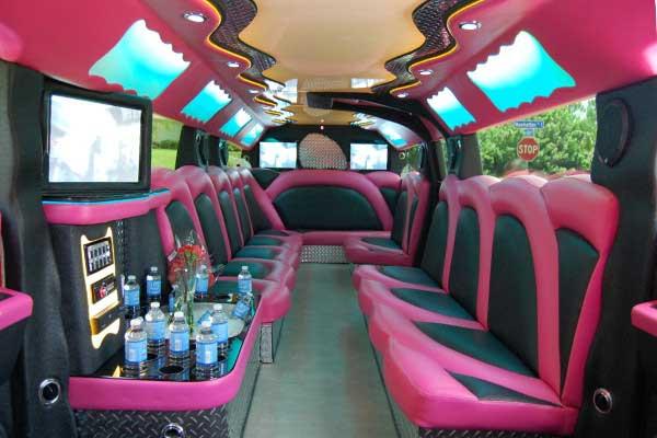 pink hummer limousine St. Petersburg